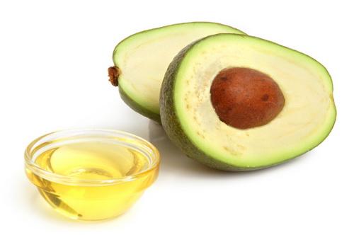 Домашний крем из авокадо и масла миндаля