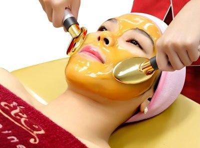 Медовый массаж для лица