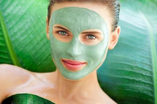 Органическая маска против прыщей в домашних условиях