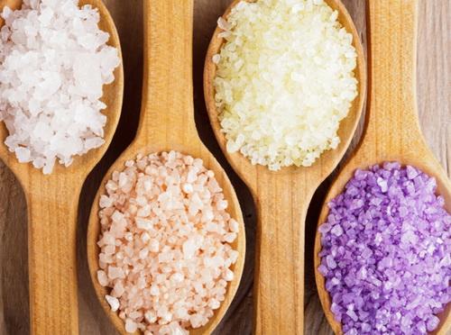 Скраб из соли для лица