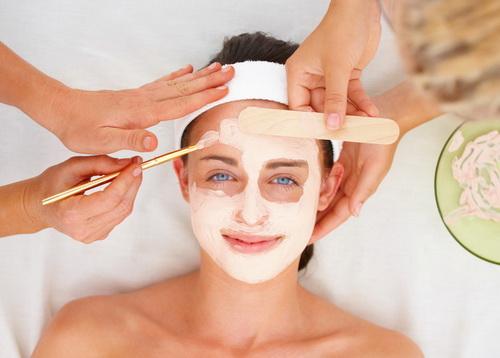 Эффективные маски для сухой кожи лица