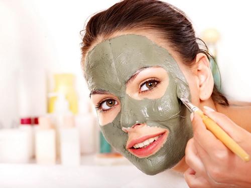 Зимняя маска для лица с очень сухой кожей