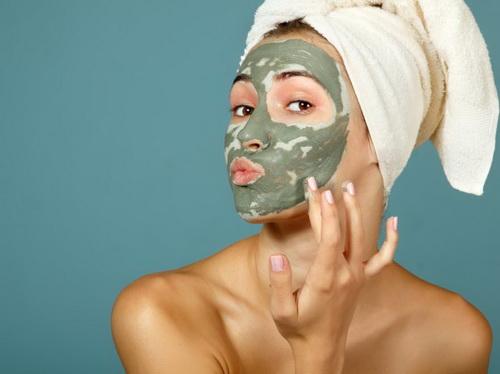 Заживляющая маска для лица в домашних условиях