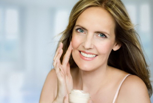 Омолаживающие крема для лица после 40 лет