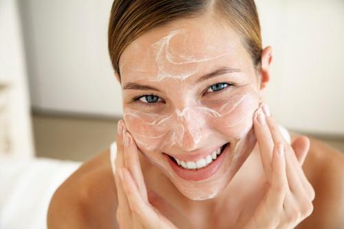 Увлажняющий крем для сухой кожи лица
