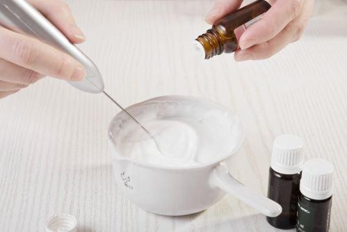 Приготовление крема для сухой кожи лица в домашних условиях