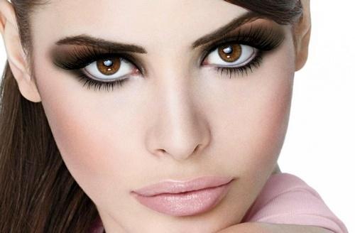Классический макияж смоки айс
