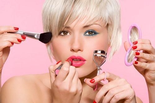 Техники нанесения макияжа