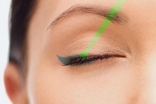 Удаление перманентного макияжа