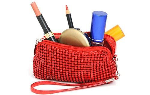 Как наносить макияж в домашних условиях
