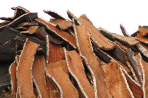 Лучшие противовоспалительные средства от прыщей из коры дуба: рейтинг брендов и домашние рецепты