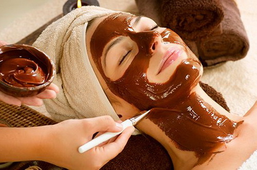 Шоколадная маска для лица в домашних условиях: польза и рецепты