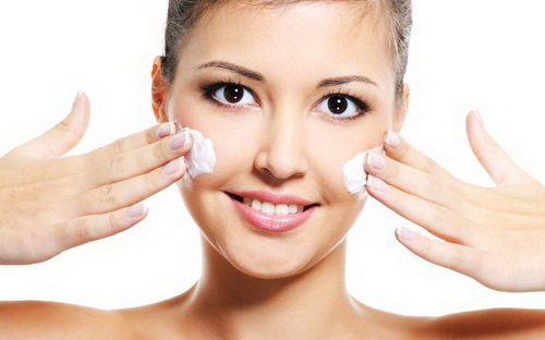 Скраб для жирной кожи лица: лучшие рецепты в домашних условиях