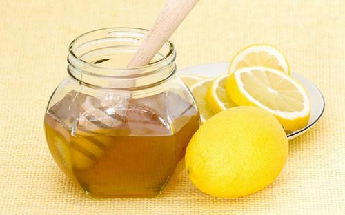 рецептф от черных точек с лимоном и медем