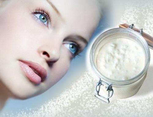 Кефирная маска для лица: чем полезна, рецепты для сухой и жирной кожи