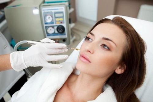 Лентиго на лице: причины, разновидности, признаки, лечение