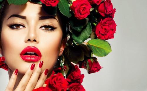 Испанская косметика для лица: особенности, средства, список брендов