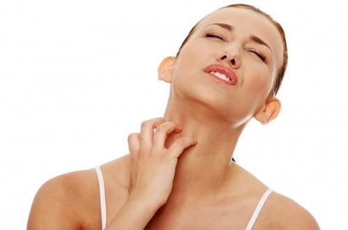 Почему возникает аллергия на косметику и как от неё избавиться: обзор методик лечения