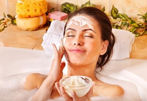 Косметика для чувствительной кожи лица: состав, рейтинг, рецепты
