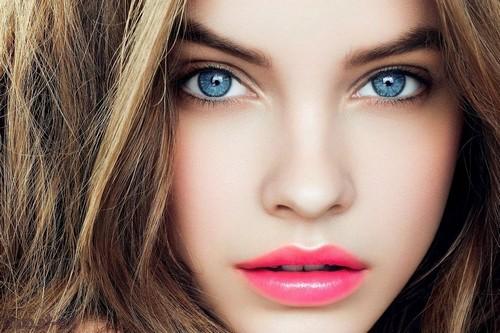 Макияж для голубых глаз: особенности нанесения, цветовая палитра