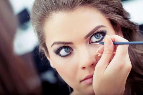 Макияж для увеличения глаз: советы визажистов, пошаговая техника, дневной и вечерний варианты