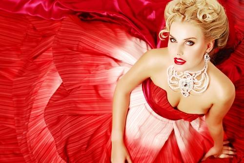 Макияж под красное платье для брюнеток, блондинок, шатенок, русых, рыжих. Макияж под красное платье на выпускной, на свадьбу