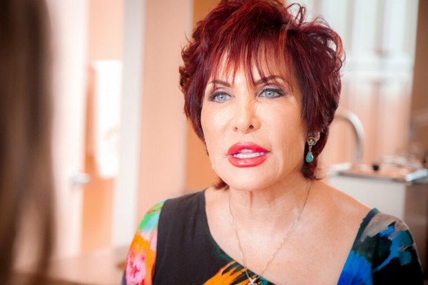 Кэрол Маджио - американский косметолог, автор комплекса упражнений для фейсбилдинга
