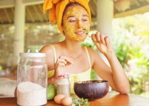 Рецепты осенних масок для лица в домашних условиях