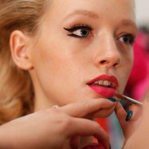 Кисти для макияжа лица, губ и глаз. Как подобрать форму и материал